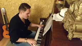 """Лунная соната"" Бетховена . Спартак за роялем , как всегда - супер !!!!!!!!!!!!!!!!!"