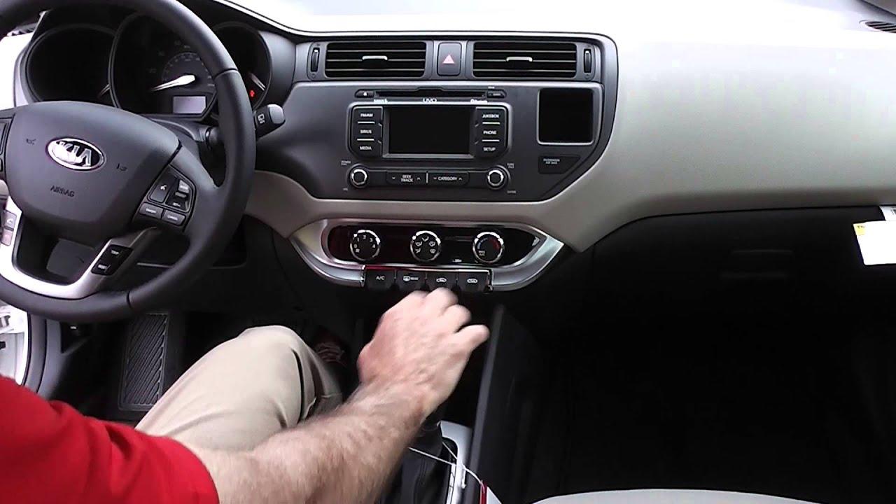 2013 Kia Rio EX Hatchback / Sales: Kevin Farrell ...