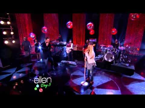 Christina Aguilera Feat. Blake Shelton - Just a Fool (Live Ellen)