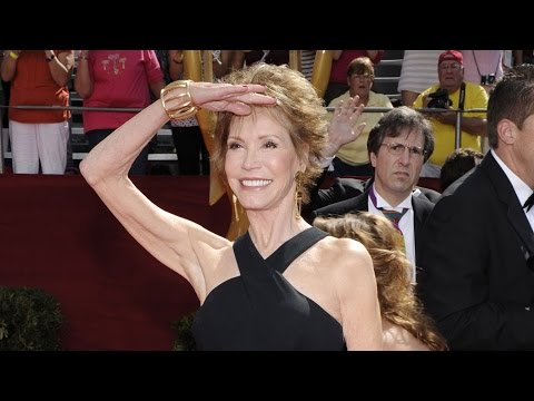 Rolling Stone Film and TV Critic Peter Travers Reacts to Mary Tyler Moore