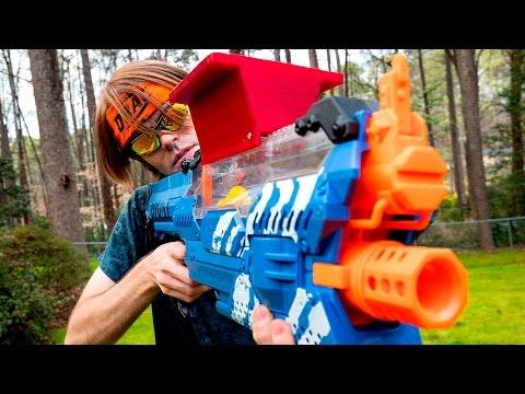 NERF WAR: THE STOLEN NERF GUN (Aaron Vs Drac)