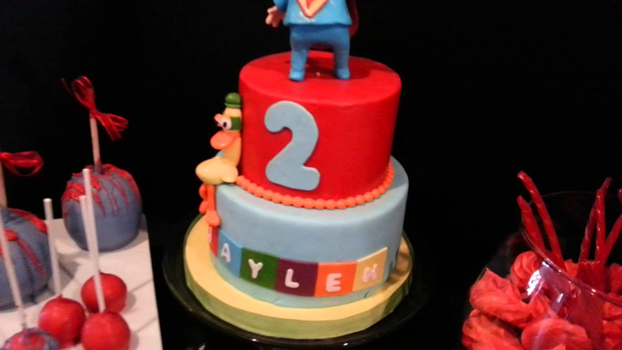 Super Pocoyo Birthday Cake And Treats Youtube