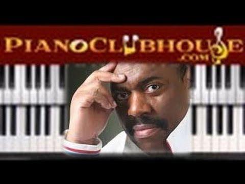"♫ How to play ""LIFE AND FAVOR"" (John P. Kee) gospel piano tutorial ♫"