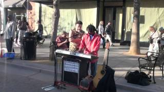 KOUROS Niloufar performed by a Street Artist in LA-USA.mp4
