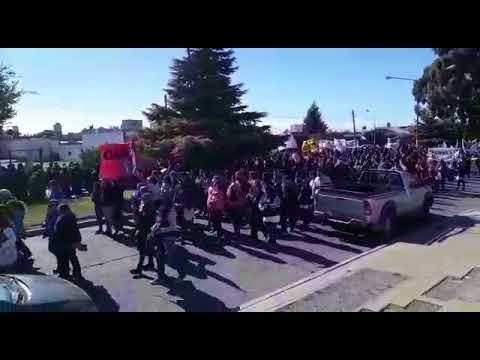 Marcha de trabajadores en Rawson