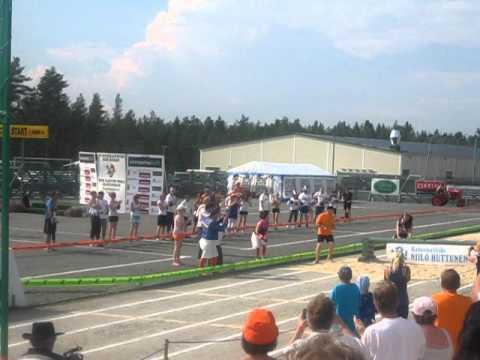 Wife Carrying Championships 2011 @ Sonkajärvi - Winners Taisto Miettinen & Kristiina Haapanen