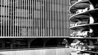 Marina City: Slowing the Urban Exodus
