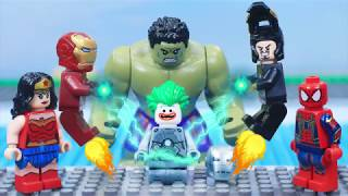 Gambar cover Lego Iron Man's ARMOR Transformation was Destroyed by Joker