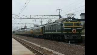 安土駅にて この日はJR西日本のジョイフルトレインであるサロンカーなに...