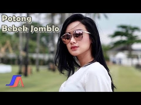 Cita Citata - Potong Bebek Jomblo  (Official Video Lyric)