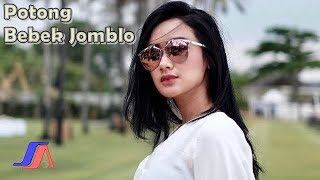 Video Cita Citata - Potong Bebek Jomblo  (Official Video Lyric) download MP3, 3GP, MP4, WEBM, AVI, FLV April 2018