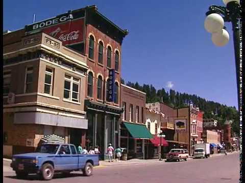 South Dakota's Black Hills Badlands and Lakes