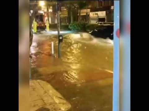 Πλημμυρισμένοι δρόμοι στη Λεμεσό