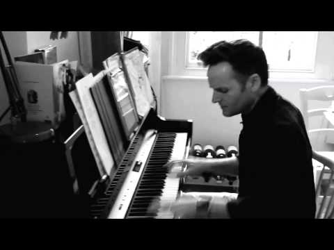 Joe Stilgoe - Cadogan Hall Teaser (Feetloose)