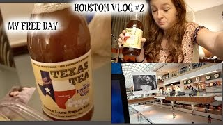 Houston Vlog #2! Houston Galleria, Texas sweet tea & engagement?!