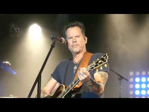 ''Mess Me Up'' - Gary Allan - Starland Ballroom - Sayreville, New Jersey - October 12th, 2017