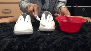 How to clean white shoes with baking soda and hydrogen peroxide