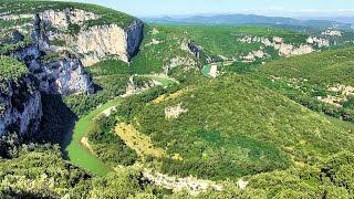 Gorges de l'Ardèche (Ardèche Gorges, Ardèche Canyon), Ardèche, France [HD] (videoturysta)