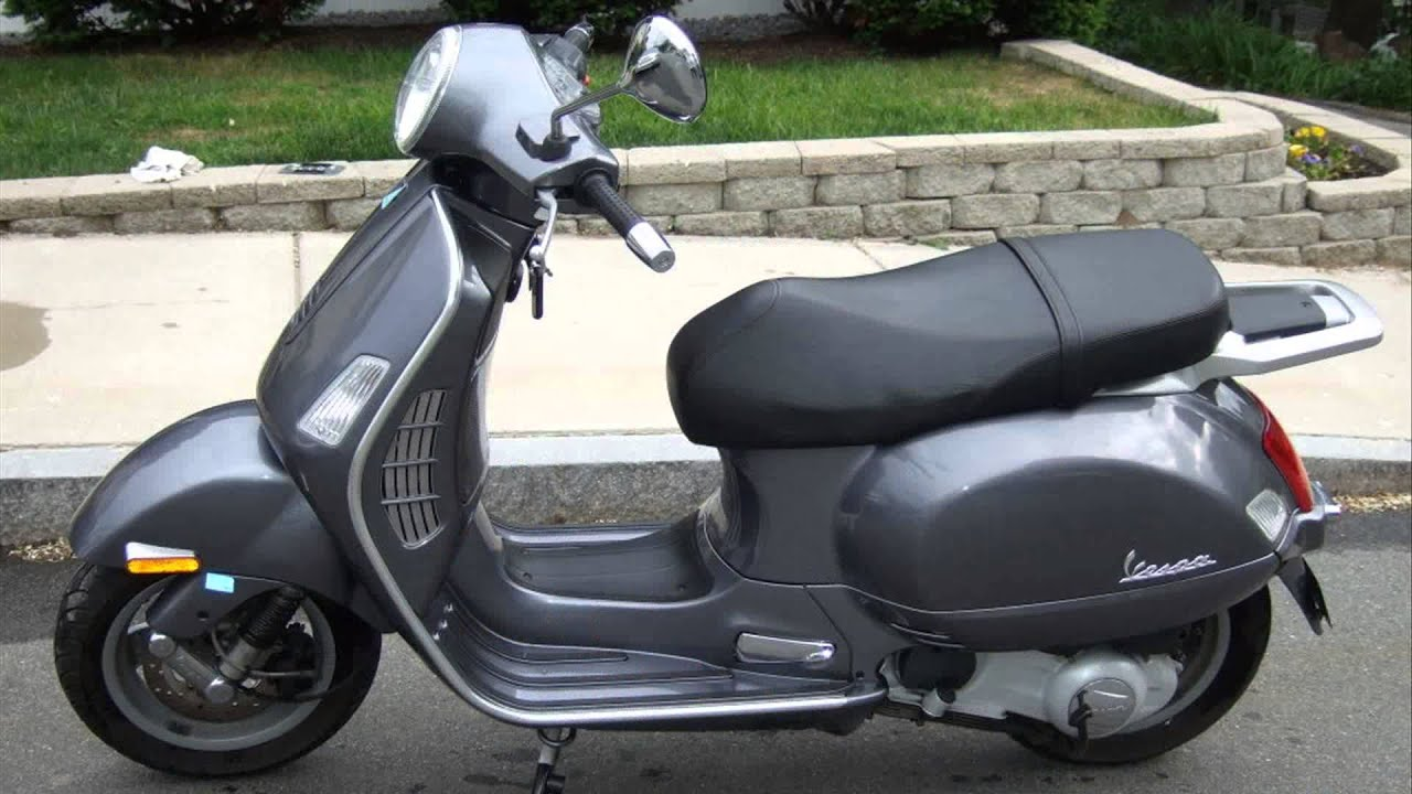 vespa gt 200 - YouTube
