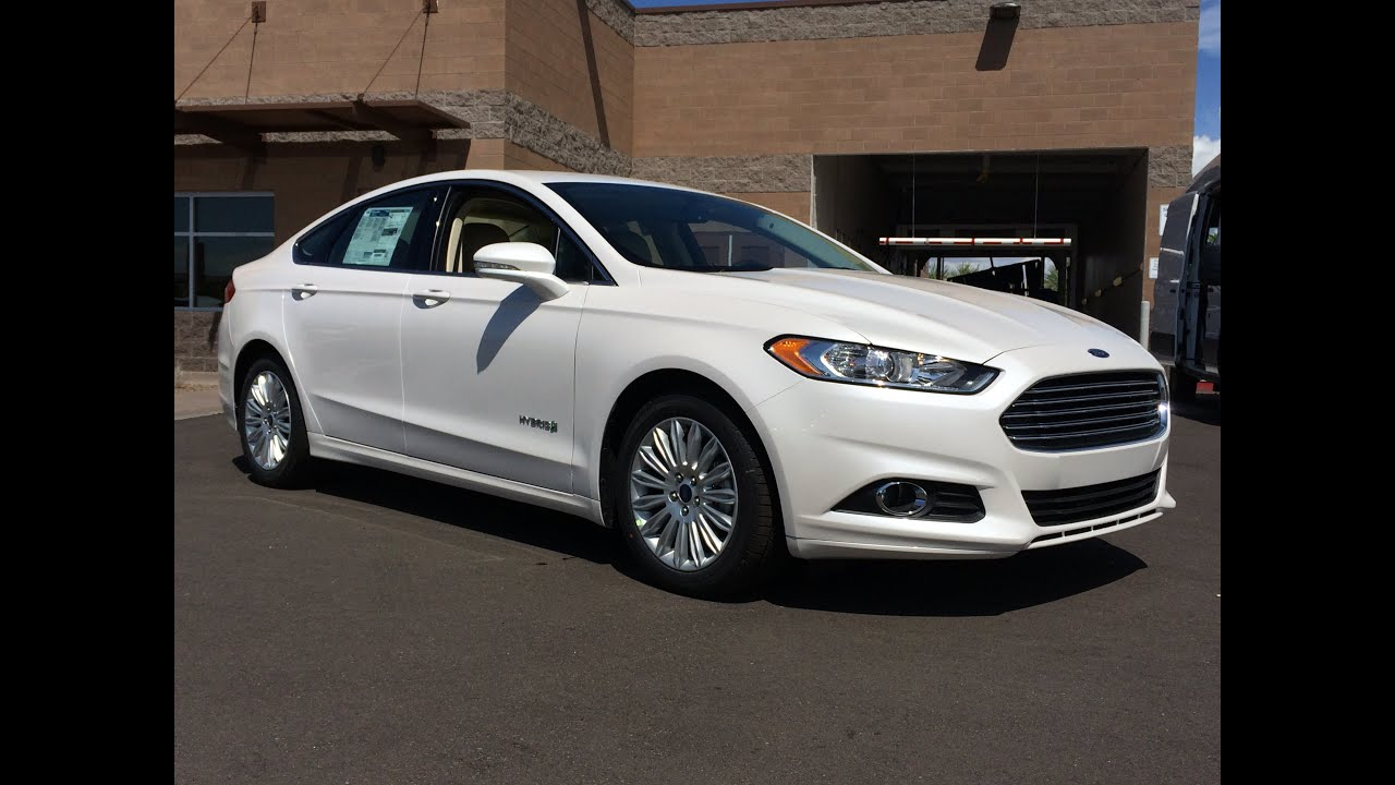 2016 ford fusion hybrid se walkaround youtube. Black Bedroom Furniture Sets. Home Design Ideas