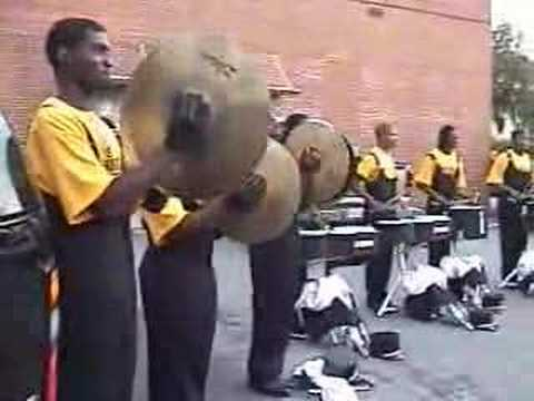 VHS Homecoming (1) Drumline Eights