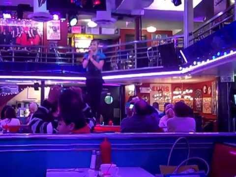 Cara sings Cabaret at Ellen's Stardust Diner, NYC