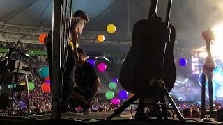 """Video: Coldplay cantó """"De Música Ligera"""" en La Plata"""