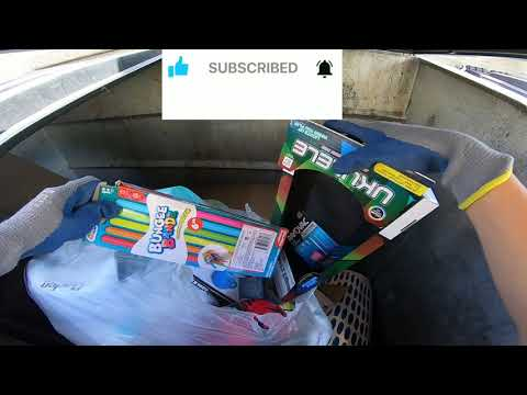 Dumpster Diving #110 - A Good Day Checking Retail Stores Trash For Free Items!