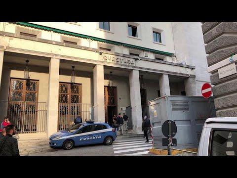 Poliziotti uccisi a Trieste, l'audio dell'agente: 'Hanno rubato le pistole e hanno sparato'