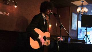 Drew Kelly - Fifth Avenue - LIVE Performance Caffe Vivaldi, NYC Resimi