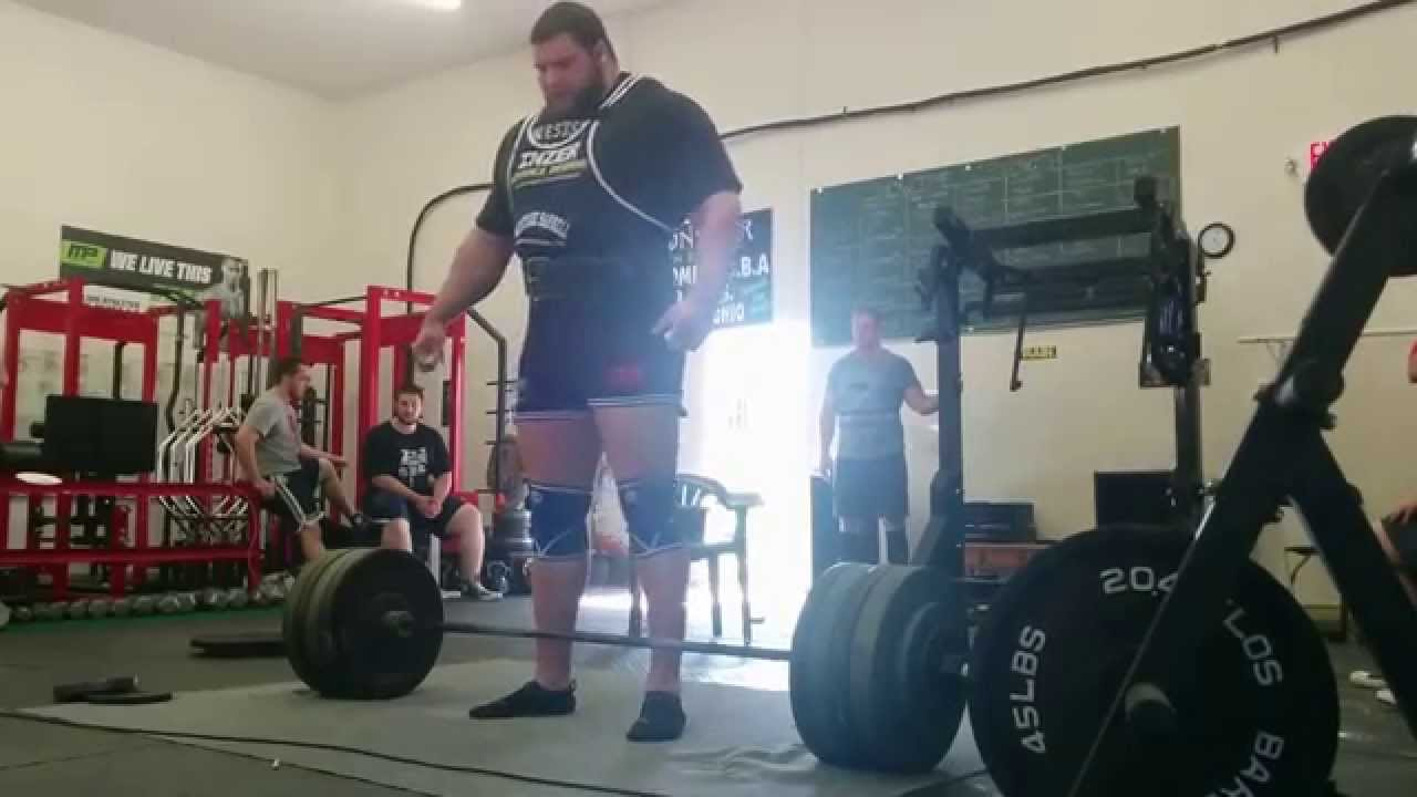 The secret to a gigantic deadlift photo