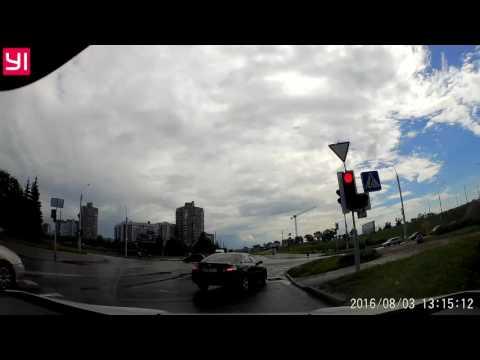 Toyota 8781 OI-7 - нарушение правил маневрирования / проезда перекрестков