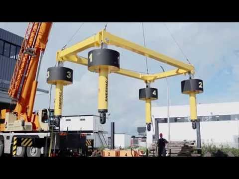 Autonomous Synchronous Hoist System | Enerpac Heavy Lifting Technology