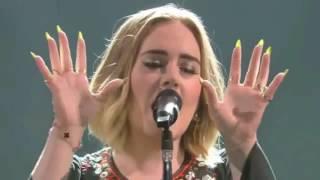 Cover images Adele - Skyfall (Live 2016 Glastonbury Festival)