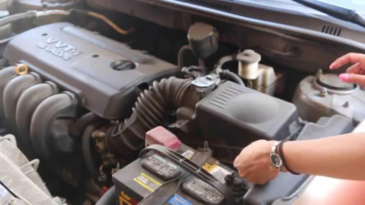 Como cambiar el filtro del motor toyota corolla 2005