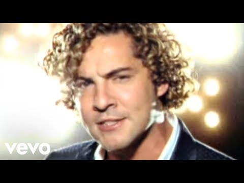 David Bisbal - Esclavo De Sus Besos Videoclip from YouTube · Duration:  3 minutes 43 seconds