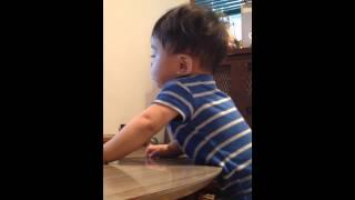 9ヶ月の息子、柳沢信吾さんが大好きなようです。 更にさんまサンばりの...