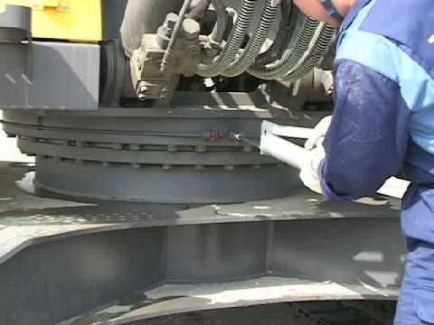 Refill Grease Swing gear bearing