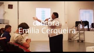 cantora Emilia Cerqueira