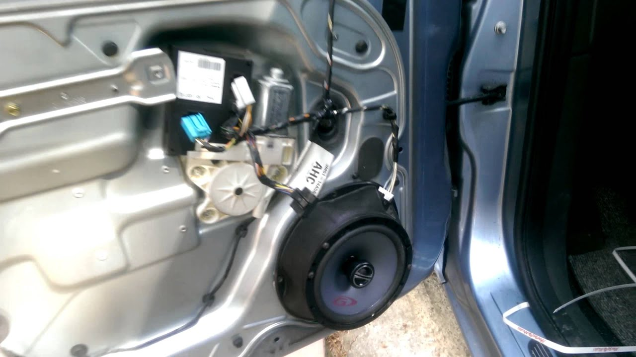 altavoces en ford focus  max youtube