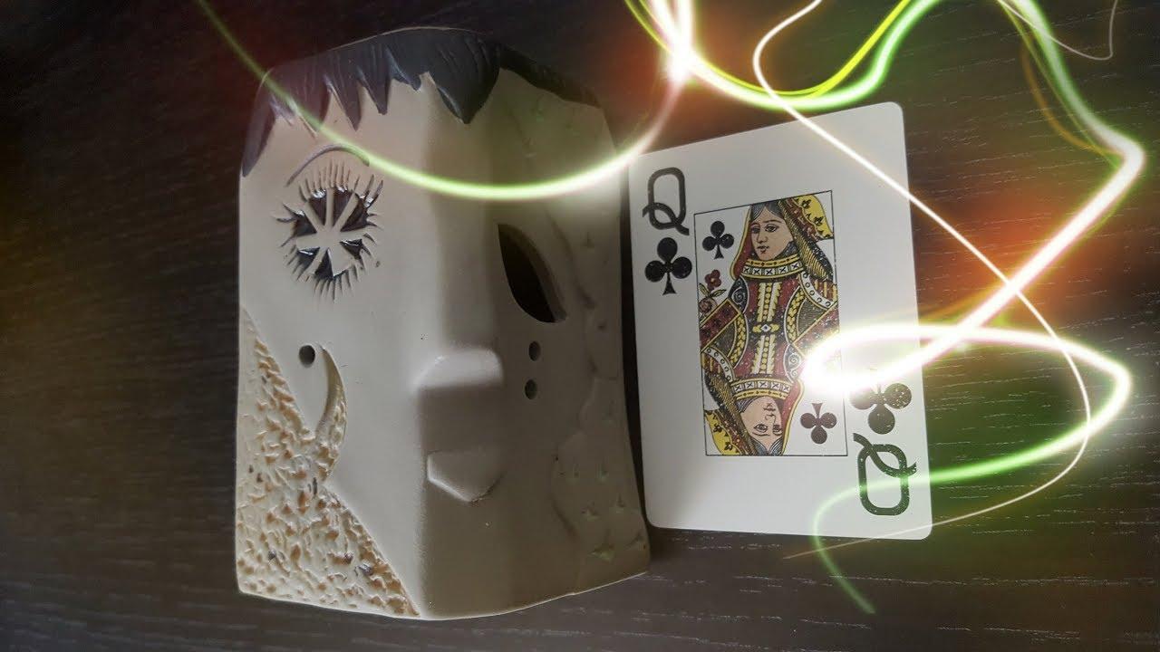 Гадание на даму треф (крести) на игральных картах на ближайшее будущее