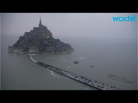 Dazzling Supertide Transforms France's Mont Saint-Michel Into an Island, Delighting Thousands