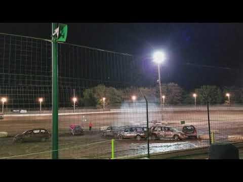 Sycamore Speedway 2017 van demolition derby