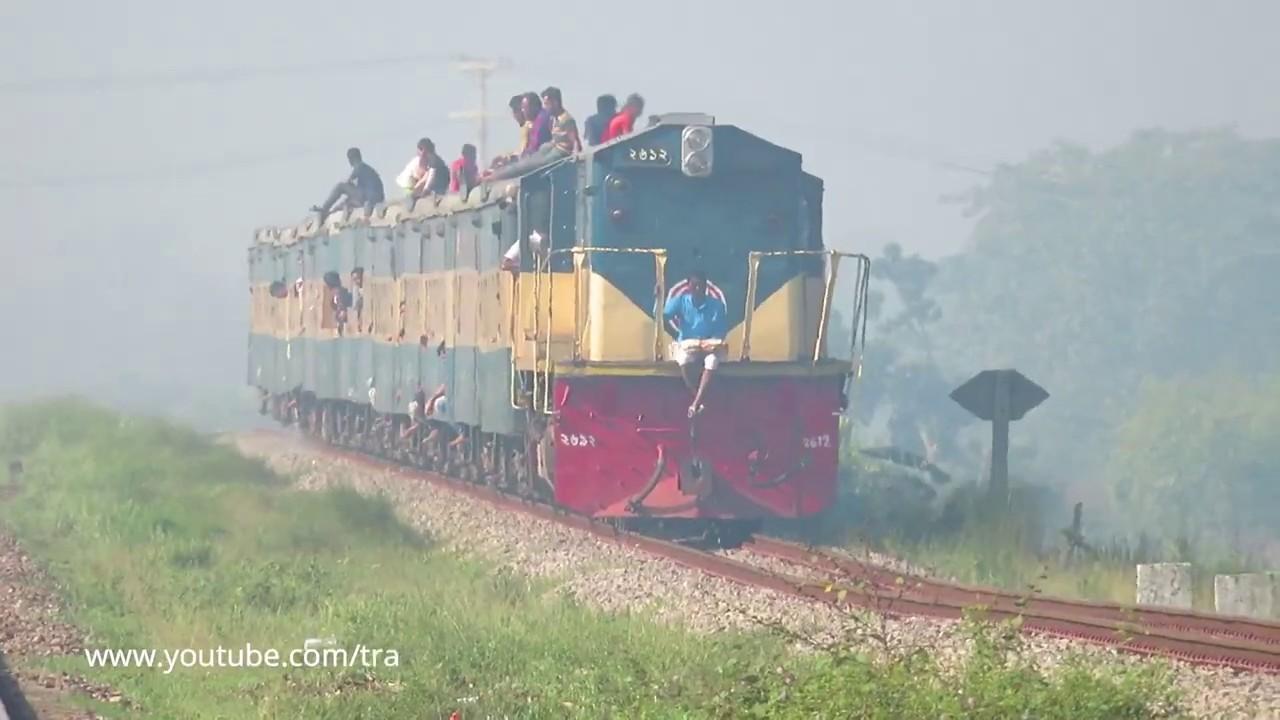737 Egarosindur Provati Express in Bangladeshi Gradient || Dhaka Kishoreganj Trin