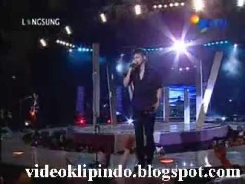 Ungu Live In Concert - Ungu - Beri Aku Waktu.3gp