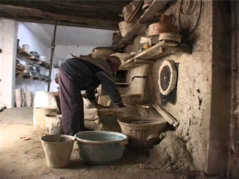 Alfarería de Níjar versión concisa/pottery in nijar documentary short version