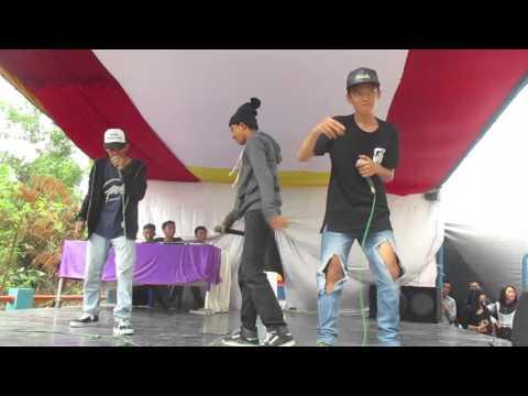 Style Hip-hop Medan x A-LOY x AL-RAP _ KUALITAS Live Perform at MegaCity