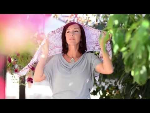 Как красиво и быстро завязать платок и палантин - Видео с Ютуба без ограничений
