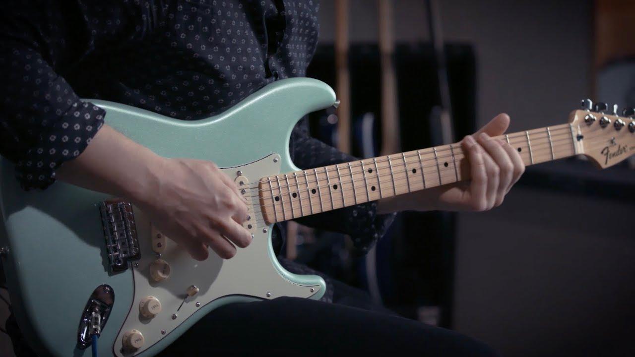 Fender Strat Blues Junior Combo Amp Demo With Jared Scharff