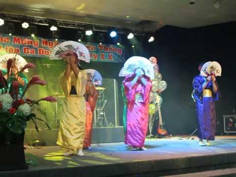 MVI 2810 Mung Ngay Truyen Thong Lien CD D-FW 09-26-2015